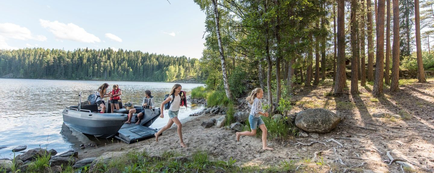 Campe med båten i sommer